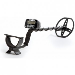 at-pro-metal-detector-w-free-accessories